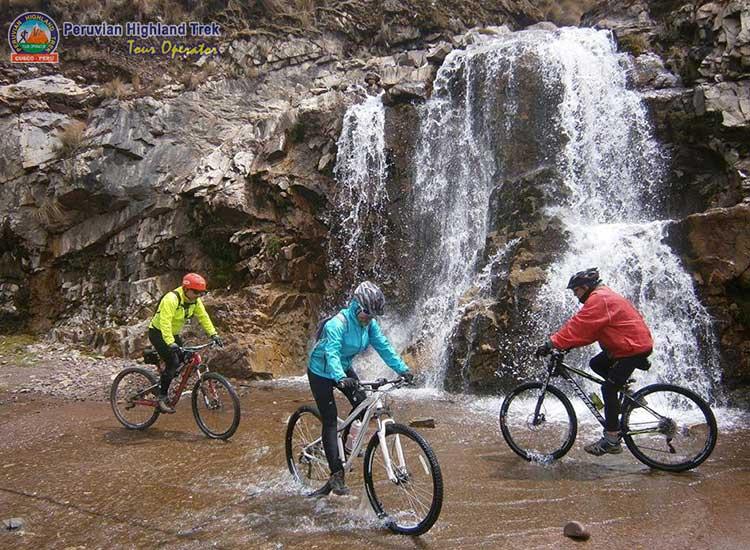 Biking in Cusco
