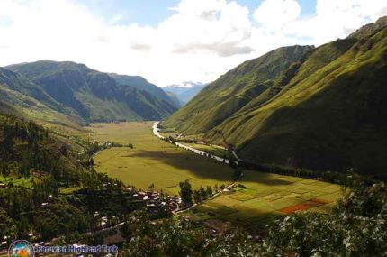 Cusco Sacred Valley Tour (Full Day)